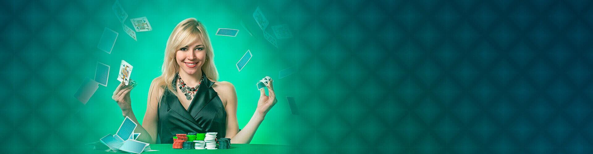 Mulher embaralhando cartas - woman throwing cards